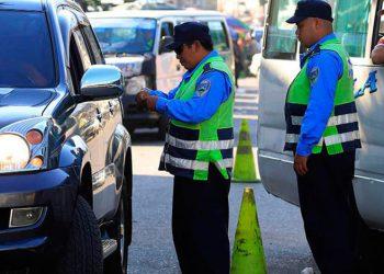 Autorizan circular con licencias vencidas por emergencia ante Covid-19
