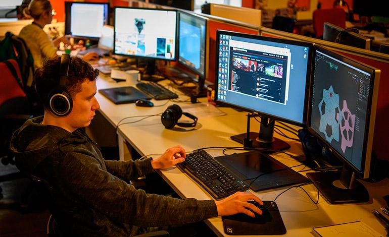 Nueva ley de internet rusa promulgada hoy causa preocupación por censura