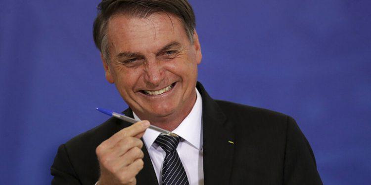 """Bolsonaro anuncia rueda de prensa """"para restablecer la verdad"""" sobre Moro"""