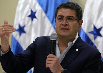Presidente Hernández afirma que hay propuesta más incluyente para emplear médicos y enfermeras