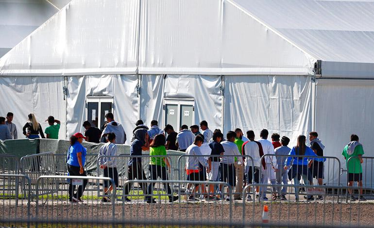 EEUU no logra localizar a 545 padres de menores migrantes de Honduras y Guatemala