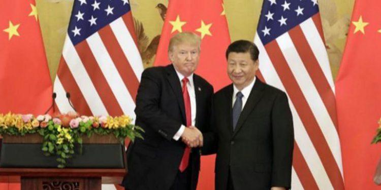 """El presidente chino desea a Trump """"una pronta recuperación"""" del coronavirus"""