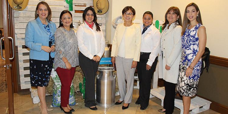 Claudia Fúnez- Vásquez, Jacky Anariba, Denia Mejía, Verna Osorto, Jacky Martinez, Silvia Fernández, Paola Paz.