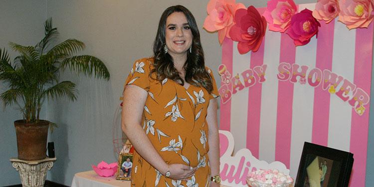 Gloria María Zavala, espera el nacimiento de su bebé para el mes de julio.