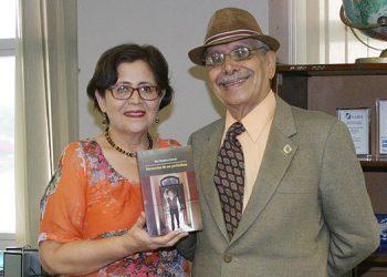 Elsa  Ramírez junto a su esposo Mario Hernan Ramírez