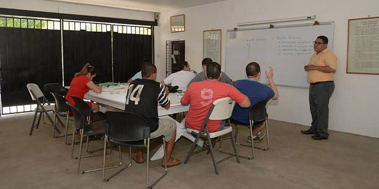 Desde Nicaragua se ofrecen soluciones a quienes padecen adicción a sustancias o comportamientos, con programas modernos de atención.