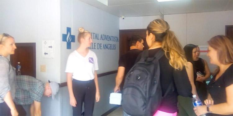 Los médicos procedentes del Hospital Loma Linda California (Estados Unidos) empezaron desde ayer las atenciones en el Hospital Adventista, en Valle de Ángeles.