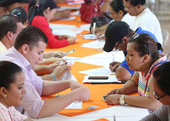 El programa está al servicio de más de 20,000 docentes a nivel nacional que enfrentan problemas de alto endeudamiento y ven reducidos sus salarios.