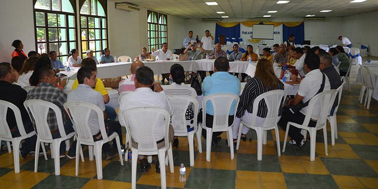 En las Mesas de Diálogo de Educación se reseñaron las debilidades existentes con la finalidad que las autoridades superiores tomen cartas en el asunto.