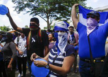 """Costa Rica advierte que Nicaragua es """"principal riesgo sanitario"""" por pandemia"""