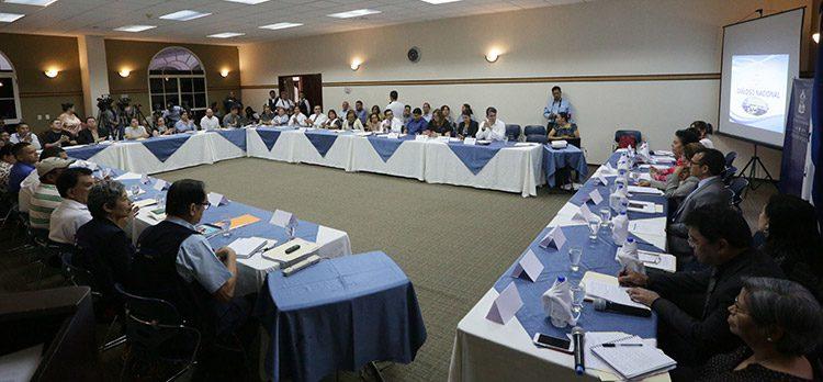 Las autoridades de la Secretaría de Salud instalaron el diálogo con 10  mesas temáticas.