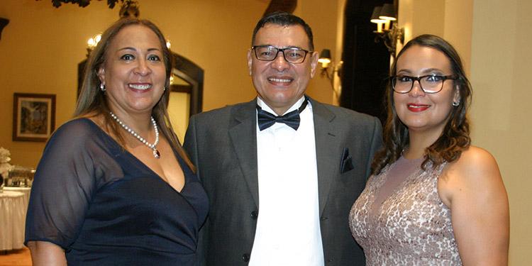 Patricia Velásquez, Óscar Amaya, Andrea Eloísa Amaya.