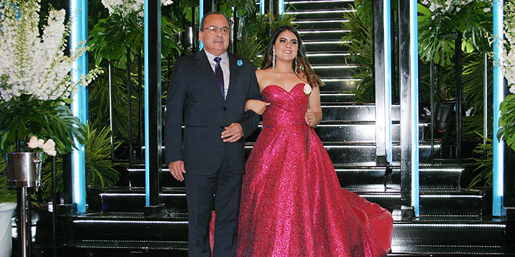Octavio Carvajal y Sofía Carvajal