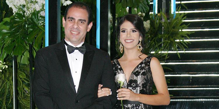 Eric López y Adriana López