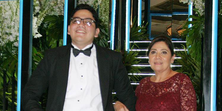 Miguel Rojas y Víctoria Herrera