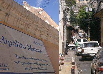 """¿Lo sabía? La nomenclatura lo dice, Calle Hipólito Matute, pero nuestra gente la llama calle de """"Tito aguacate"""". Y así da referencia. El fue el segundo hondureño en obtener el título de médico y cirujano. Uno de los primeros rectores de la UNAH."""