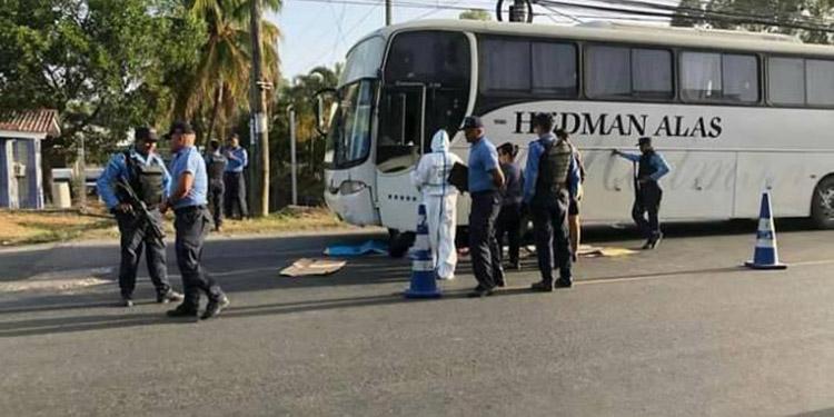 Las empresas de transporte interurbano Viana y Hedman y Alas, decidieron salir del servicio agobiadas por el flagelo de la extorsión.