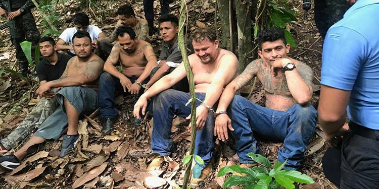 En La Cumbre, en El Merendón, se logró localizar las acciones delictivas de al menos 12 líderes de la MS-13, de los cuales uno falleció al momento en que era trasladado.
