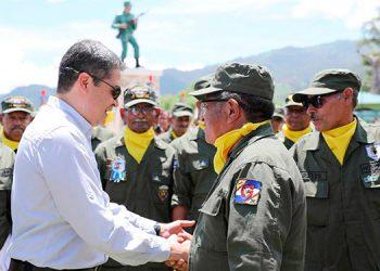 """""""Dios les tenía un propósito, que era defender a Honduras"""", les dijo el Presidente Juan Orlando Hernández a los veteranos de guerra."""