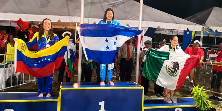 Michelle Ramírez se destacó ganando cuatro medallas de oro.