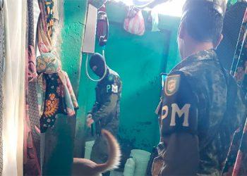 En el registro efectuado en el centro penal de Nacaome, Valle, participaron elementos de la Policía Nacional con el Batallón Canino.