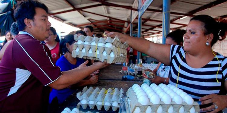 El cartón de huevos había presentado alza de precios debido a las tomas recientes de carreteras.