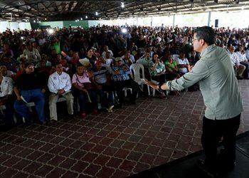 El presidente Hernández destacó que en su Administración prevalecerá la dignidad del ser humano.