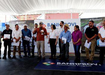 El acceso al crédito a los proveedores de Cafico apoya el mantenimiento de sus producciones de café.