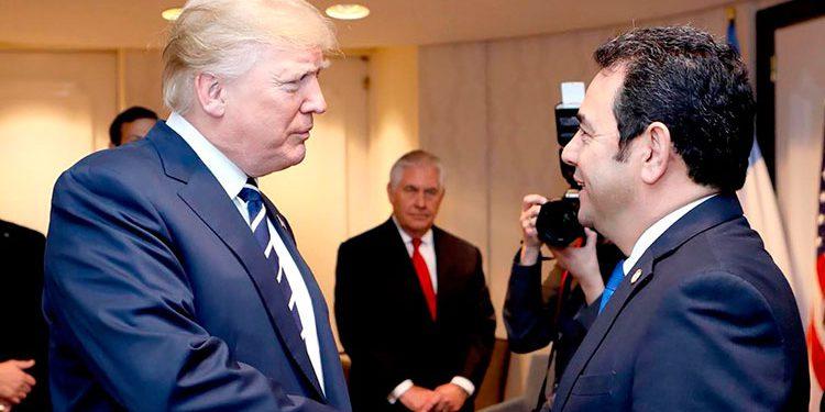 Guatemala firma de acuerdo de cooperación sobre asilo con Estados Unidos
