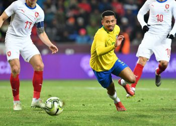 Brazil's Gabriel Jesus runs after the ball during the friendly football match between the Czech Republic and Brazil at the Sinobo Arena in Prague, Czech Republic on March 26, 2019. (Photo by JOE KLAMAR / AFP)