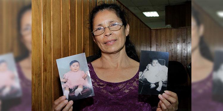 Reyna Victoria Sierra muestra las últimas fotos que dentro de la familia le tomaron a sus hermanas Wanda y Wady.