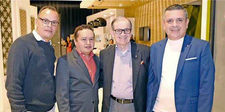 Allan Rosenmelt, Carlos Uclés, José Luis Ulloa, Ricardo Calderón.