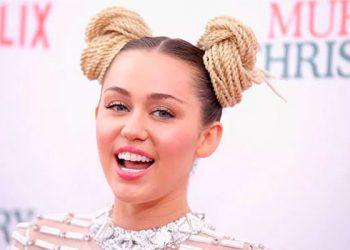 Esto dijo Miley Cyrus tras preguntarle si preferiría besar a Justin Bieber o a Harry Styles