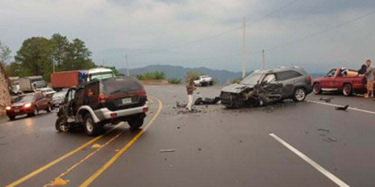 Las carreteras que conducen hacia las zonas sur, norte y oriente del país, son las más peligrosas en relación a los conductores y su responsabilidad al volante.