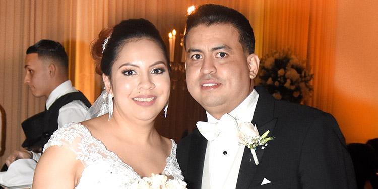 Mariela González y Eduardo Oyuela.