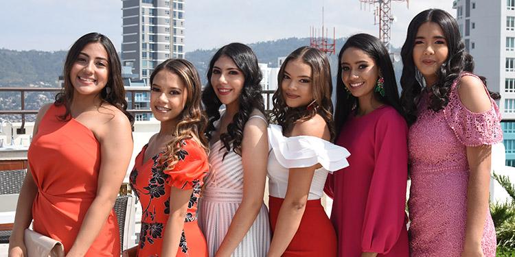 Isabel Martínez, Suyen Godoy, Mónica Casco, Alexandra Rosales, Martha Martínez, Mariana Martínez.