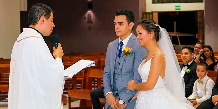 Miguel Castillo y Alejandra Sierra