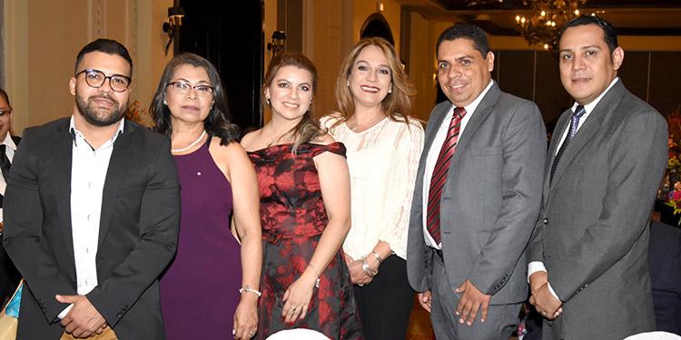 César Mejía, Dunia Duarte, Rosa Cruz, Yadira Bendaña, Dennis Suazo, David Baires.
