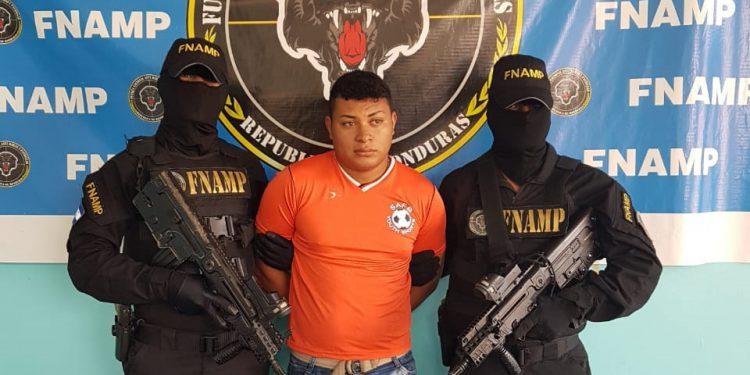 Luis Alberto Alonzo Peralta (23 años) fue capturado por suponerlo responsable de violación especial en perjuicio de una niña de 15 años.