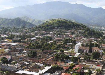 Pronóstico de lloviznas persiste este viernes para varias regiones de Honduras (Vídeo)
