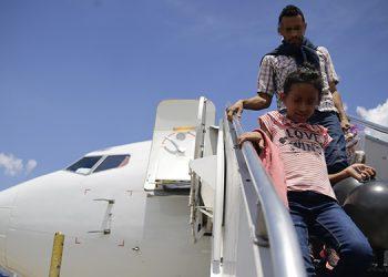 Unas 814 unidades familiares retornarán esta semana desde México.