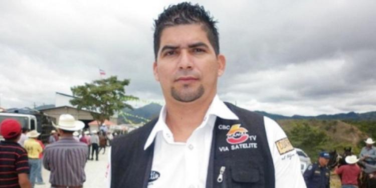 Edgar Joel Aguilar fue asesinado de cuatro disparon en una peluquería de La Entrada, Copán.