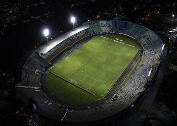 La Policía recomendó mejorar la infraestructura de los estadios. Con urgencia el Nacional de Tegucigalpa.