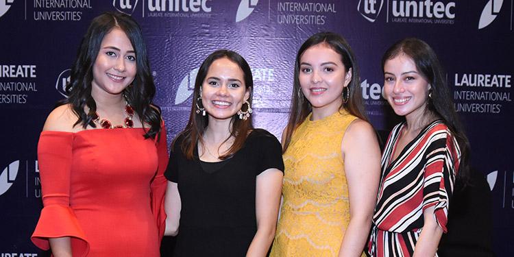 Paula Sandoval, Rossy Rodríguez, Iris Izaguirre, Nayeli Fúnez.