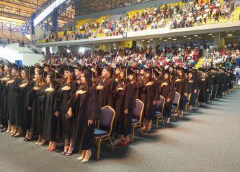 La graduación de 1,280 nuevos profesionales este viernes se realizará en dos jornadas.