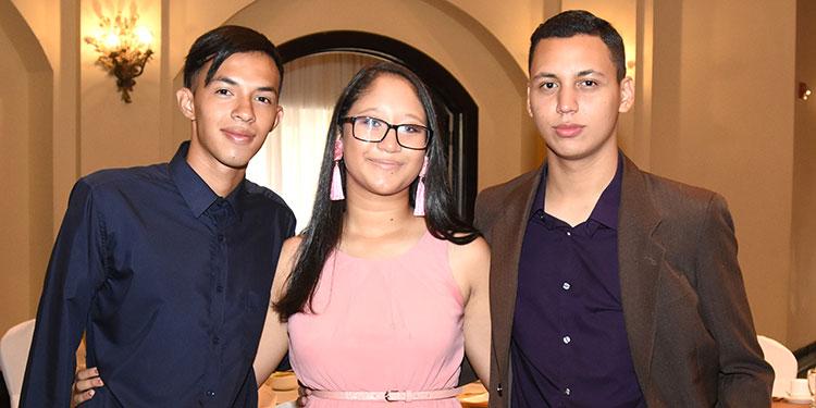 Edil Sánchez, Claudia Castillo, José Moya.