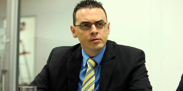 Kelvin Aguirre, representante del Partido Nacional en el CNE.