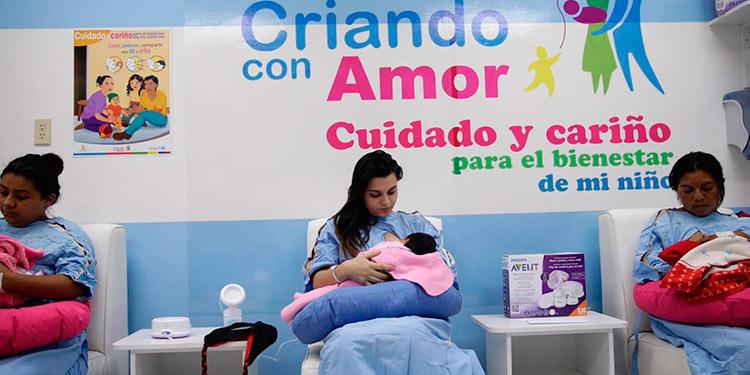 Las madres de los recién nacidos recibirán capacitación, consejería y orientación en lactancia materna.