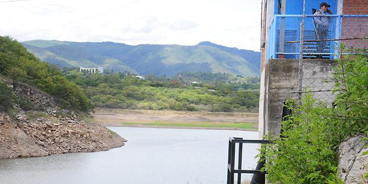 El nivel de la represa Los Laureles apenas está en nivel 40.