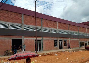 El nuevo mercado de Catacamas, Olancho, viene a reemplazar el que se quemó hace nueve años.